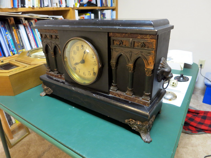 The Sessions Black Mantel clock – to be repaired