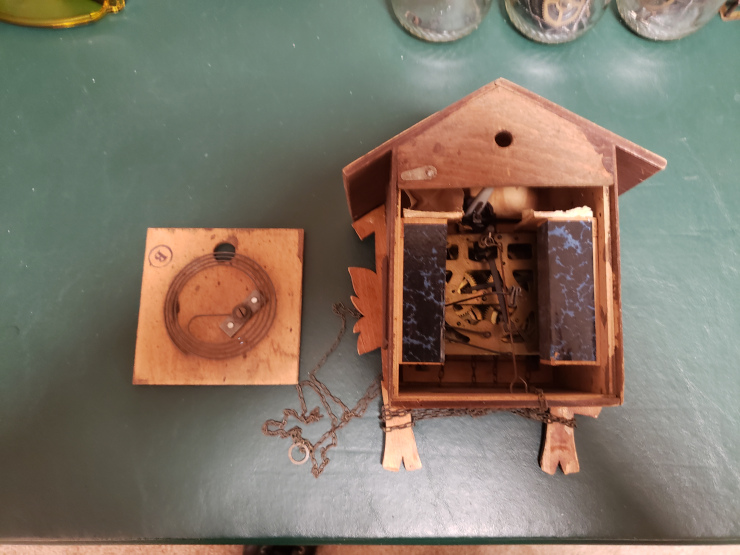 the eBay cuckoo clock out of the box