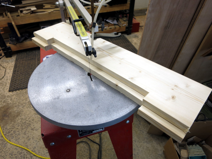 The feet, after cutting out the recesses with a scrollsaw